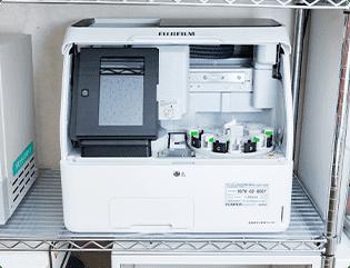 血液生化学分析装置の写真